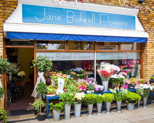 Jane Bidwell Flowers Delivering Flowers Across The Waterside